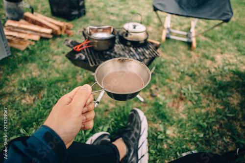Fotografie, Obraz  キャンプで飲むコーヒー シェラカップ