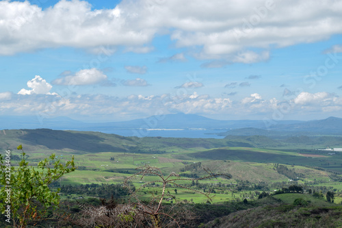 Tuinposter Pool Mount Longonot and Lake Naivasha seen from Eburru Hills, Naivasha, Kenya