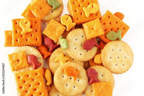 Fotografía mix Crackers isolated on a White Background top view for food concept,health con