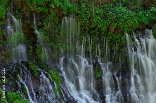 Aluminium Prints Dark grey Seeping Waterfall