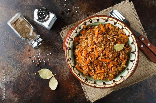 Buckwheat in a merchant manner (stewed with minced meat and vegetables) Fototapeta