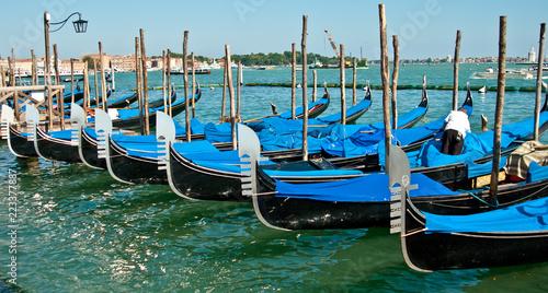 Foto op Plexiglas Venetie gondolas in venice