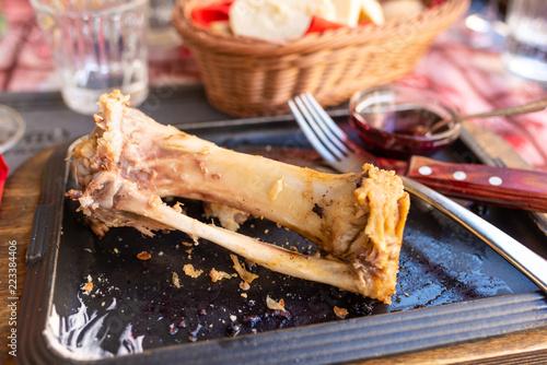 Foto op Canvas Klaar gerecht Piatto con tracce rimaste del pranzo consumato