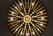 Crystal Elegant Chandelier With Many Lamps And Jewelry