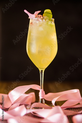 Foto op Canvas Cocktail yellow alcoholic cocktail