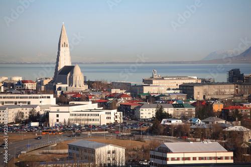 Foto op Aluminium Poolcirkel Reykjavik skyline
