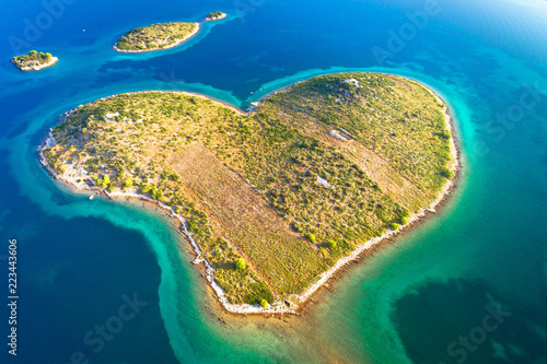 Poster Cote Heart shaped island of Galesnjak in Zadar archipelago aerial view