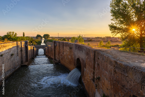 Printed kitchen splashbacks Channel Locks of Canal de Castilla in Fromista, Palencia province, Spain