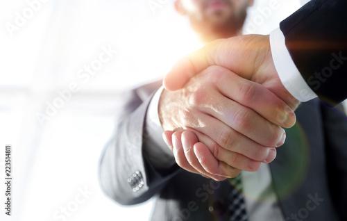 Pinturas sobre lienzo  Effective negotiation with client. Business concept photo.