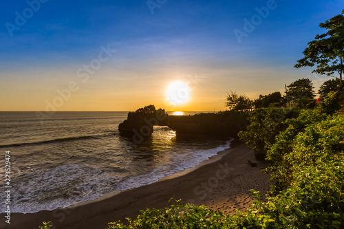 Foto op Aluminium Koraal Tanah Lot Temple - Bali Indonesia