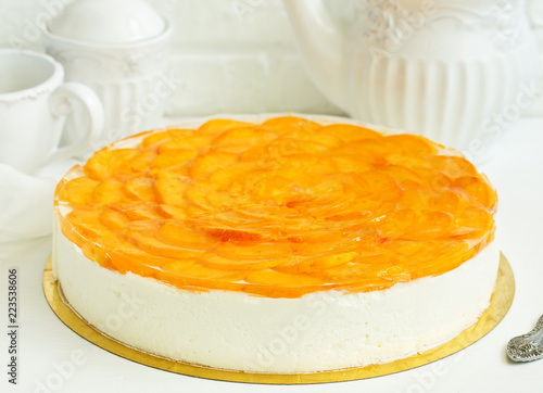 Fotografie, Obraz  Delicious cheesecake with apricots.