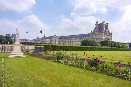 Photographie  Louvre palace and Tuileries garden, Paris, France