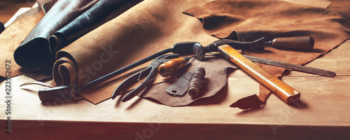 Fotografie, Obraz  Shoemaker's work desk