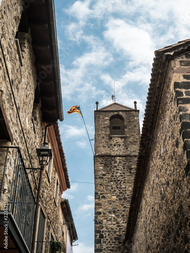 Fotografía  Bell tower of Sant Salvador Church in Castellfolit de la Roca with the independe