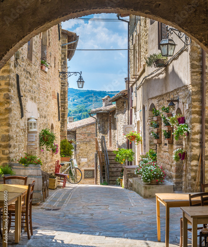 Photo  Torre del Colle, small village near Bevagna, province of Perugia, in the Umbria region of Italy