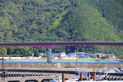 Spoed Foto op Canvas Donkergrijs 橋のある風景(高知県)