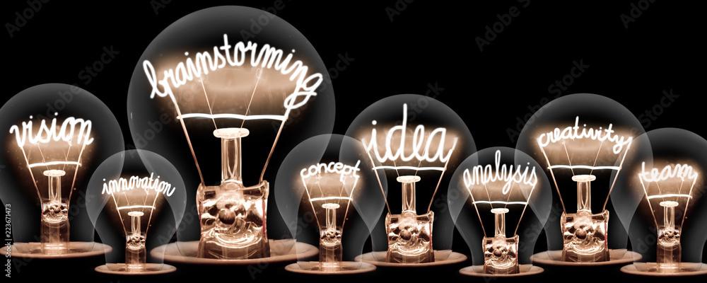 Fototapety, obrazy: Light Bulbs Concept