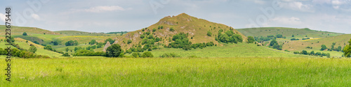Fototapeta Peak District landscape with Chrome Hill, near Hollinsclough in the East Midland