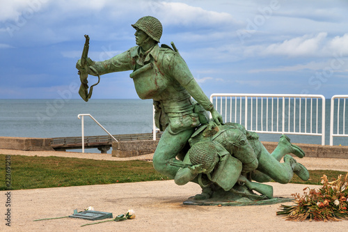 Ingelijste posters Europa Beautiful view of the Omaha Beach 116th Regimental Combat Team Memorial in Normandy, France