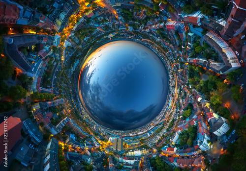 umgekehrtes VR Luftbild Ludwigshafen und Mannheim bei Nacht Panorama rabbit hole