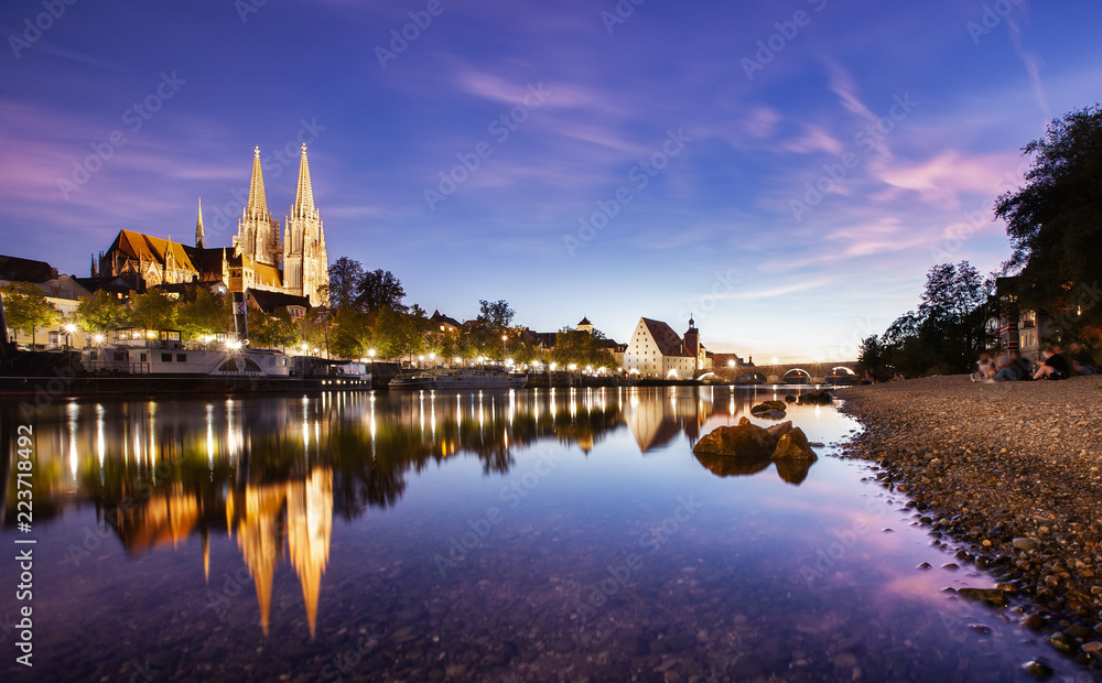 Fototapety, obrazy: Regensburg Sundown