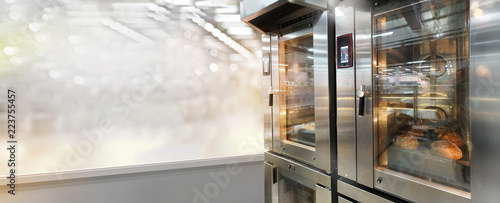 Printed kitchen splashbacks Bread Commercial bread oven with displays