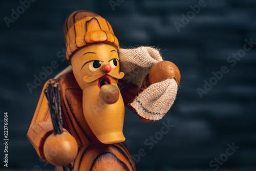 Fotografija  Erzgebirgische Volkskunst Figur zu Weihnachten