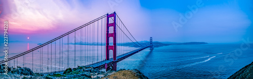 Obraz Pano of GGB and Bay leading out to the Pacific - fototapety do salonu