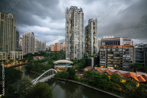 Singapore aerial river view and robertsan quay and overcast stormy weather Fototapeta