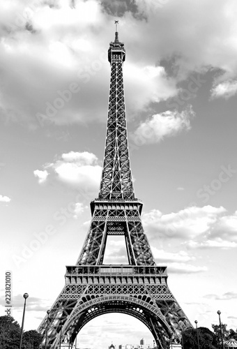 Tuinposter Eiffeltoren Eiffel Tower with black and white effect in Paris France