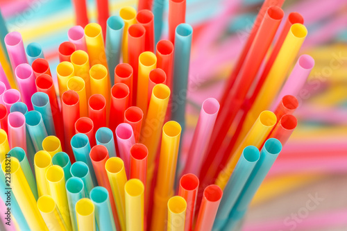 Leinwand Poster Rainbow colors plastic straws