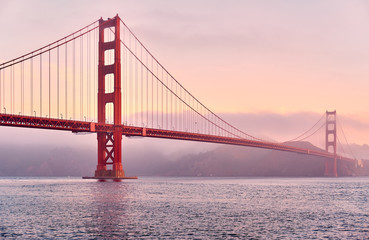 Naklejka Golden Gate Bridge at sunrise, San Francisco, California