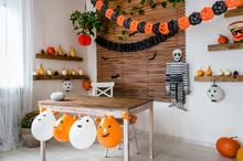 Halloween Theme Decorated Livi...