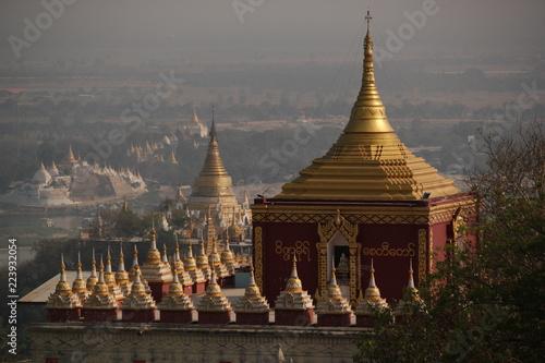 Fotobehang Bedehuis myanmar, burma, sagaying, mandalay, religion, buddhism, monastery, pagoda, stupa, temple, place of worship