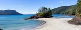 Piękny panoramiczny widok na piaszczystą plażę na wybrzeżu Pacyfiku. Zrobiono w San Josef Bay, Cape Scott Provincial Park, Northern Vancouver Island, BC, Kanada.