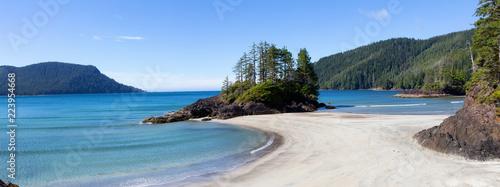Canvas Print Beautiful panoramic view of sandy beach on Pacific Ocean Coast
