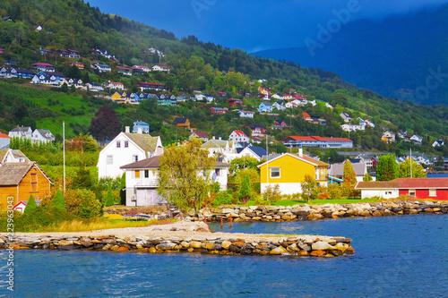 Foto op Aluminium Scandinavië Mountain village in Norway