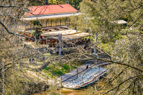 Photographie  Fairfield Boathouse through the trees