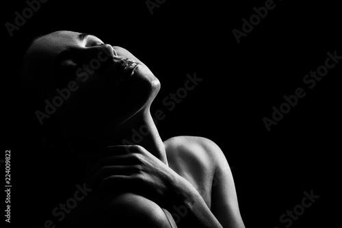 Fototapeta premium zmysłowa pobudzona kobieta