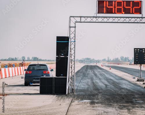 Fotografiet  Empty race track