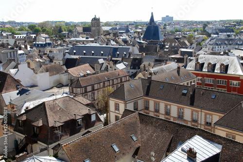 Fotografie, Obraz  Ville de dreux, les toits de la ville, département d'Eure-et-Loir