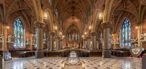 Edifice religieux Panorama of the interior of the historic Cathedral of the Immaculate Conception in Albany, New York