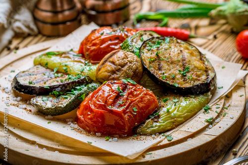 Fototapeta grilled vegetables on a plate obraz