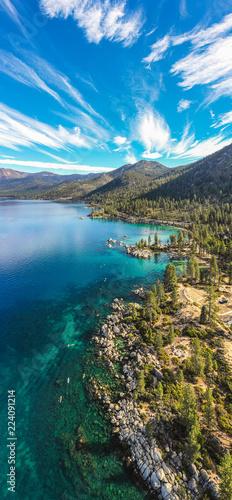Stickers pour porte Amérique du Sud Aerial View of Lake Tahoe Shoreline