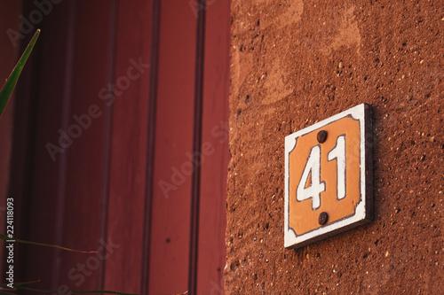 Fotografia  Plaque de rue numéro 41