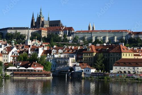 Staande foto Praag Prague Castle from the Charles Bridge, Czech Republic