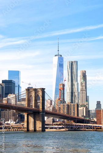 Foto auf AluDibond New York City New York City skyscrapers and Brooklyn Bridge, USA