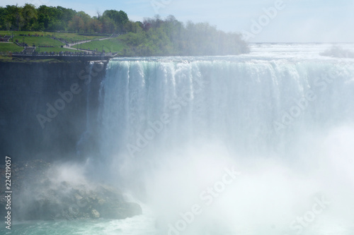 Foto op Aluminium Canada NIAGARA FALLS, ONTARIO, CANADA - MAY 21st 2018: Horseshoe Falls at Niagara Falls viewed from the canadian side