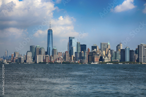 Deurstickers New York City New York City Manhattan aerial view from Liberty island