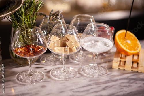 Valokuvatapetti Fake glasses on bartender stand